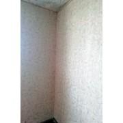 Оклейка стен обоями